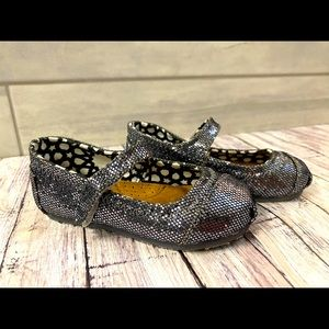 TOMS   Baby/Toddler Sz 5 Mary Janes Pewter Glitter